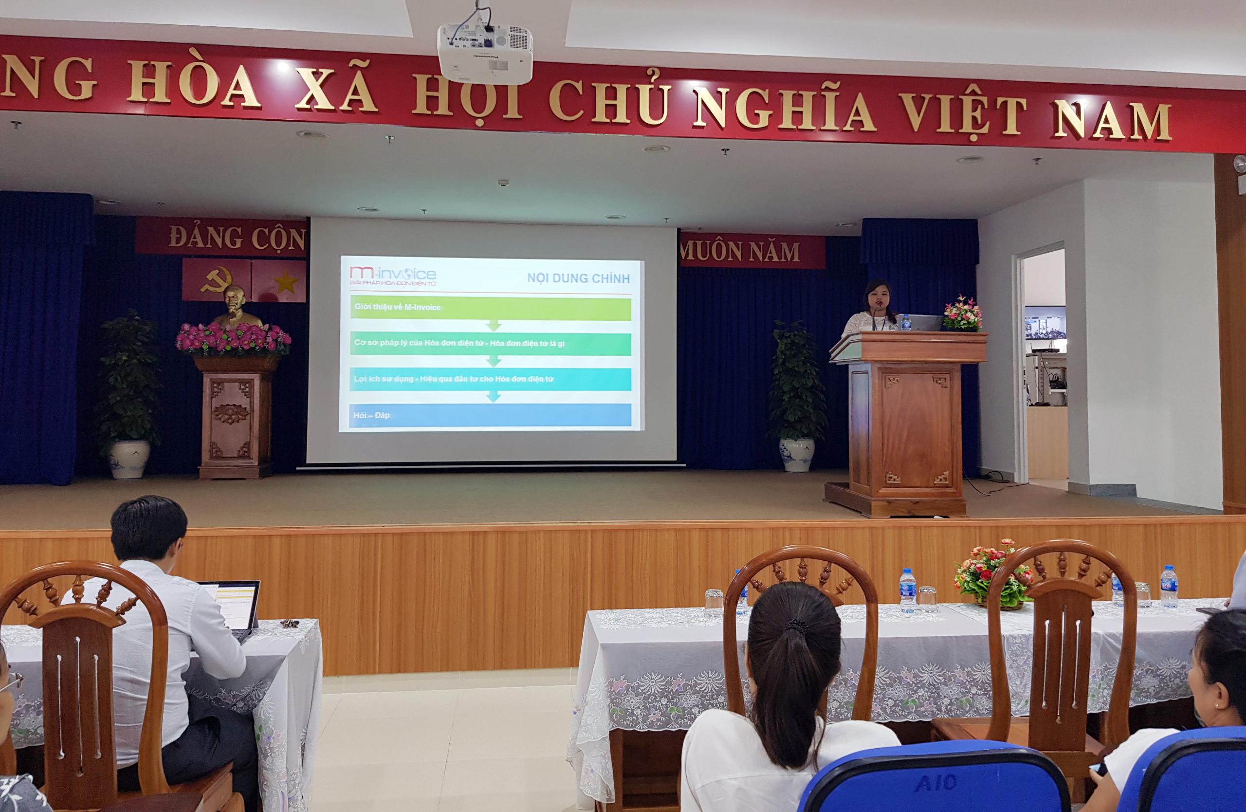 M-Invoice phối hợp cùng Cục thuế thành phố Hồ Chí Minh tập huấn về hóa đơn điện tử tại chi Cục Thuế Phú Nhuận